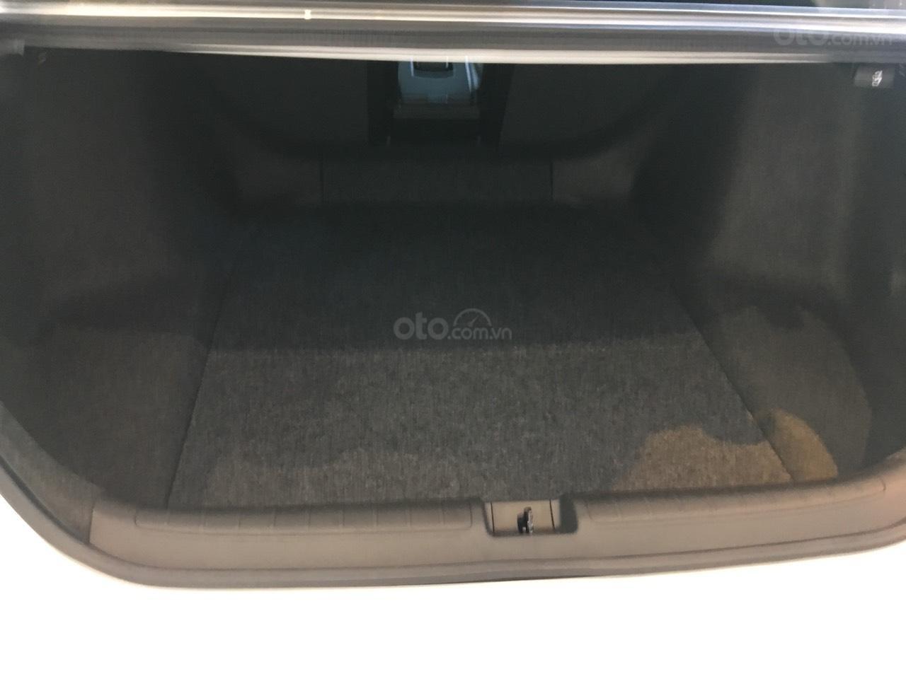 Bán Honda Accord 1.5 Turbo 2020 giao sớm, quà chất trao tay (5)