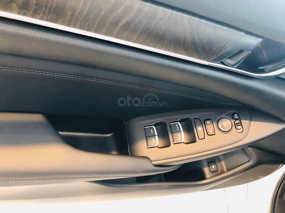 Bán Honda Accord 1.5 Turbo 2020 giao sớm, quà chất trao tay (20)