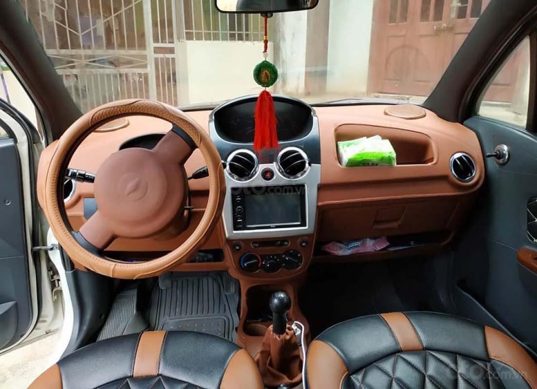 Cần bán xe Chevrolet Spark 2011, màu trắng còn mới (3)