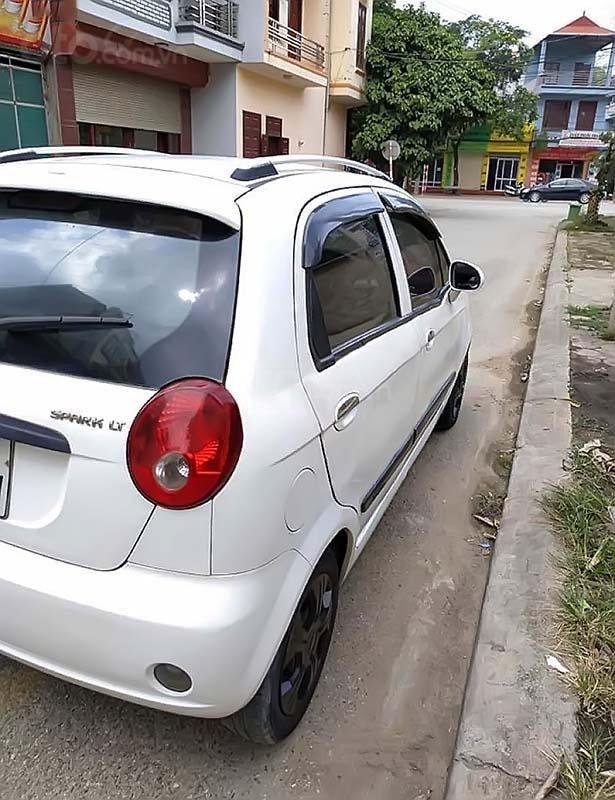 Cần bán xe Chevrolet Spark 2011, màu trắng còn mới (5)