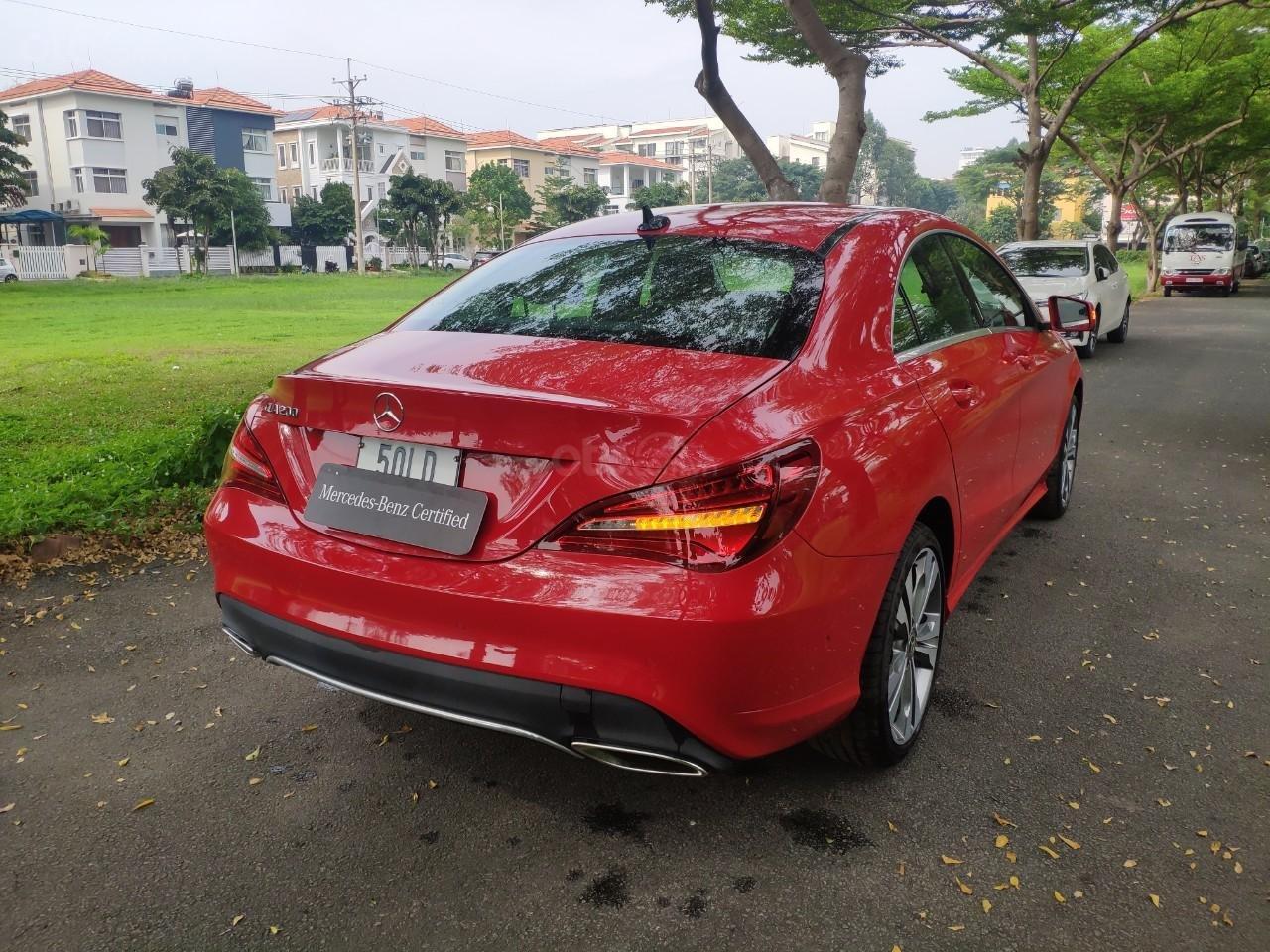 Giá tốt: Mercedes Benz CLA 200 2019 màu đỏ, đi 68km (5)