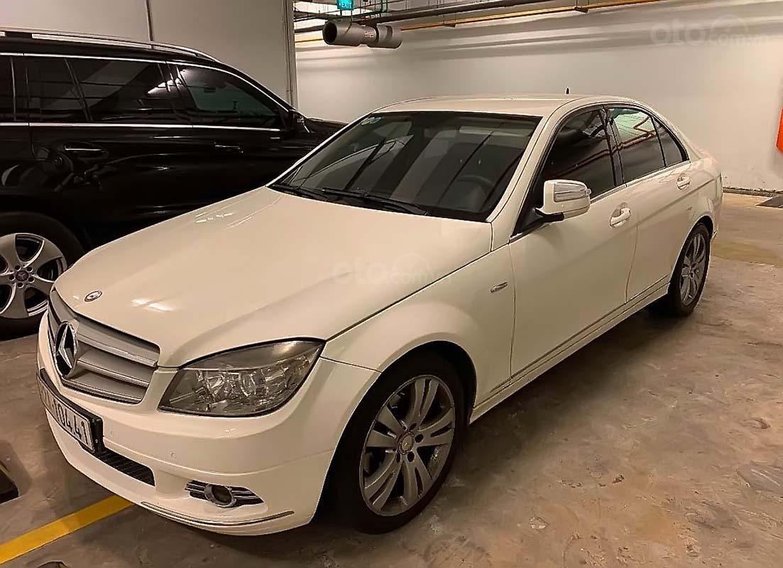 Bán Mercedes đời 2008, màu trắng, nhập khẩu chính chủ, giá tốt (1)