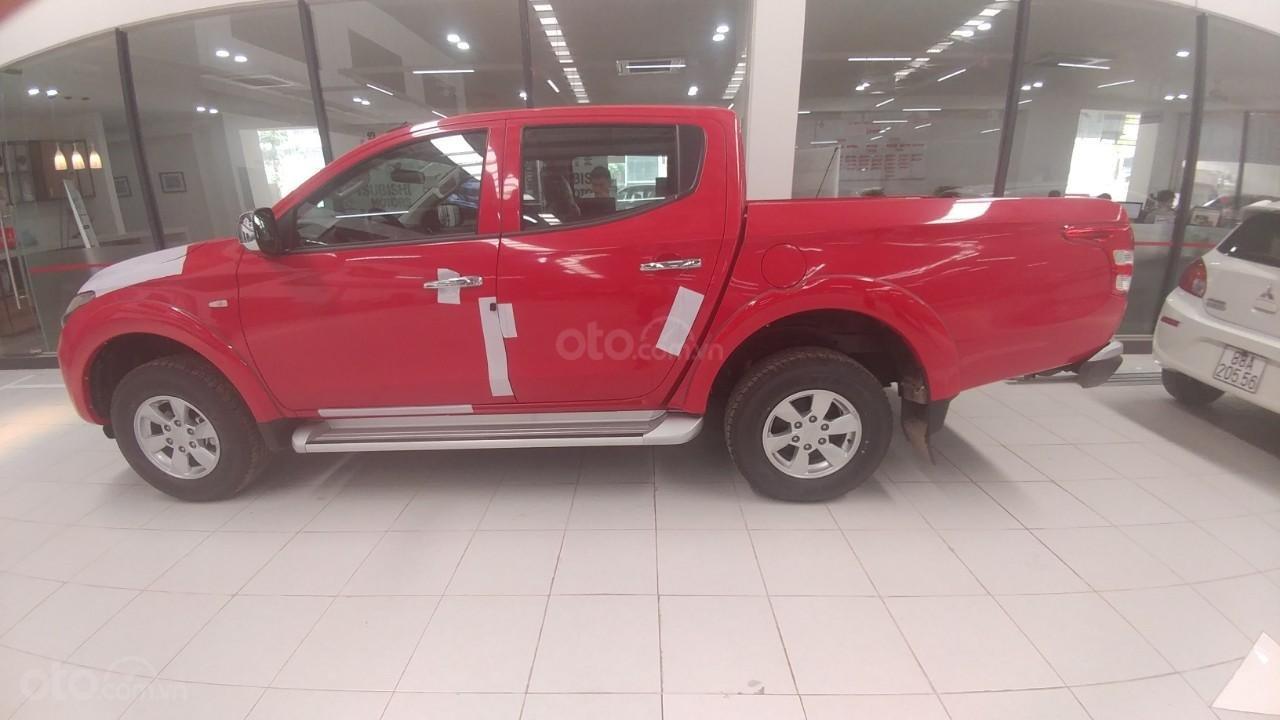 Bán xe Mitsubishi Triton 4x2AT, đủ màu, giao ngay, xe nhập, giá tốt (1)