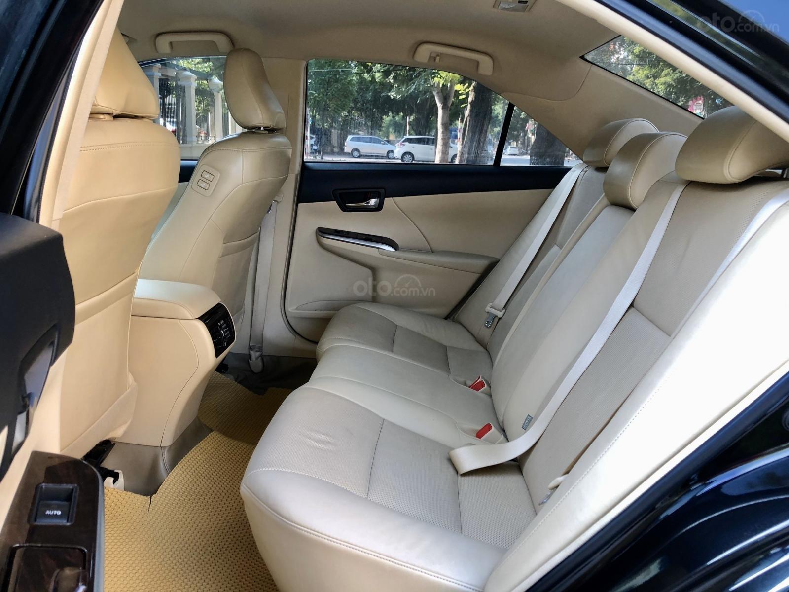 Bán gấp xe Toyota Camry 2.0 đời 2017 tư nhân chính chủ Hà Nội. LH: 084.765.5555 (12)