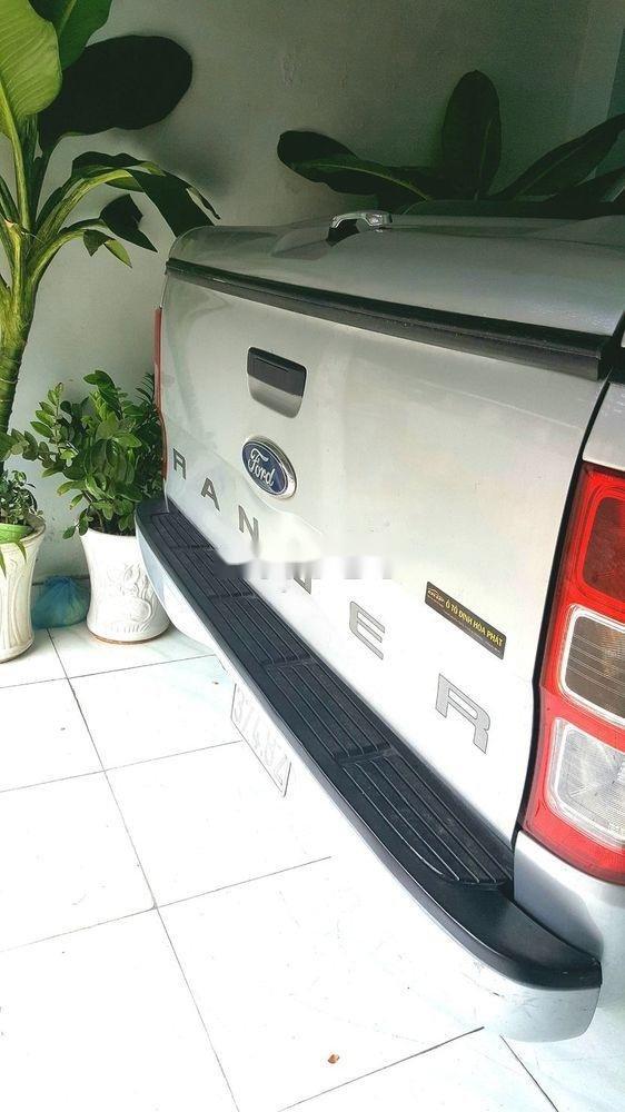 Cần bán gấp Ford Ranger 2015, xe nhập còn mới, giá tốt (3)