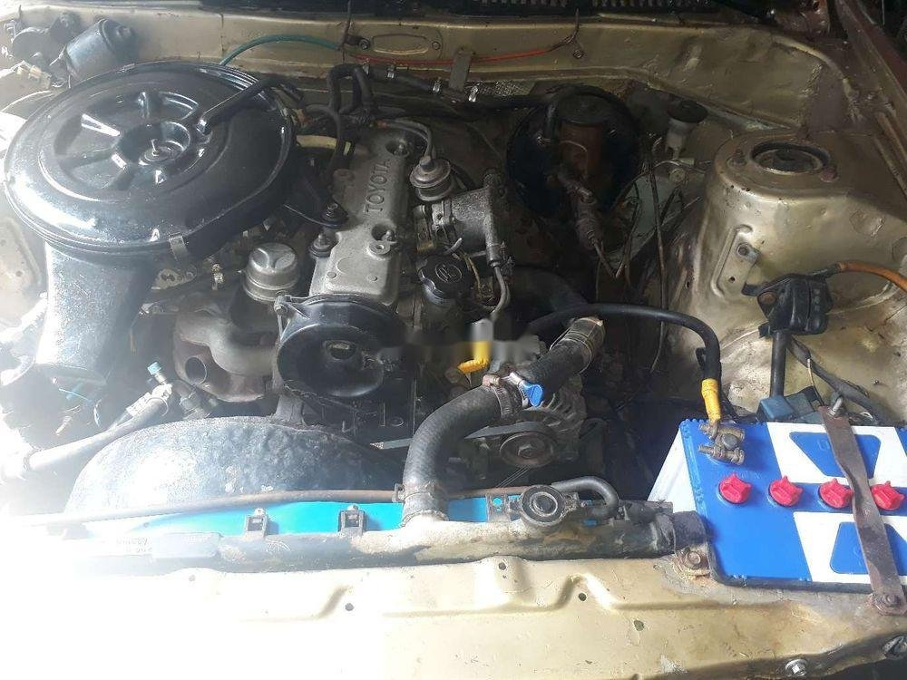 Bán xe Toyota Corona đời 1982, nhập khẩu nguyên chiếc chính hãng (2)