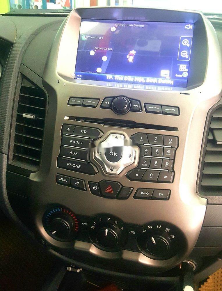 Cần bán gấp Ford Ranger 2015, xe nhập còn mới, giá tốt (5)