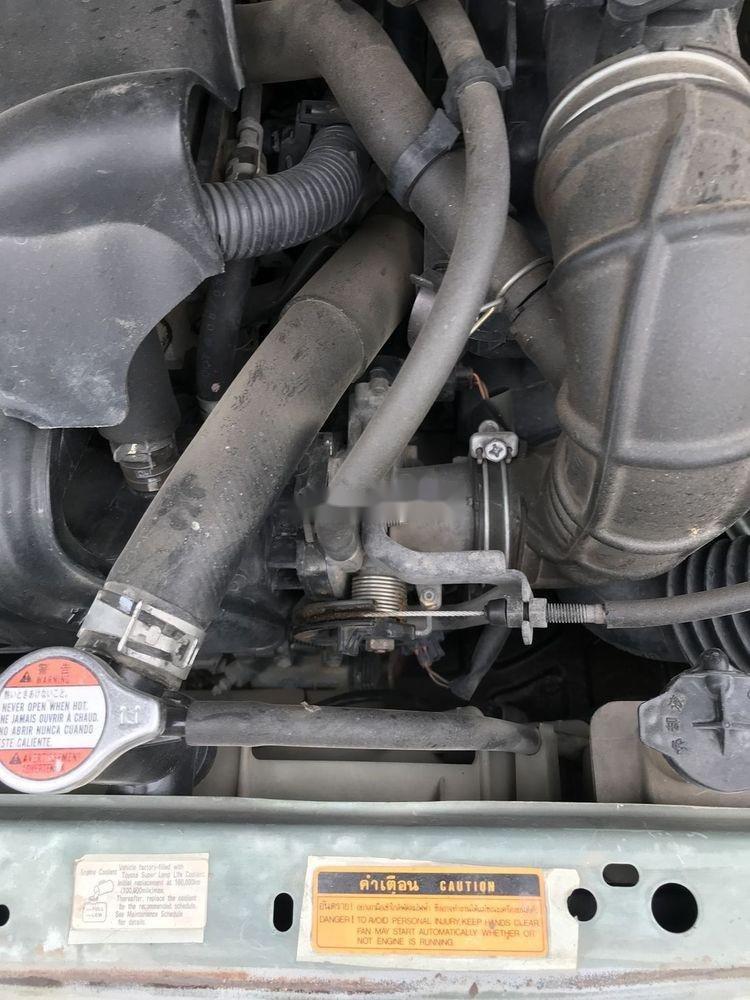 Bán Toyota Vios đời 2003, màu bạc xe, còn nguyên bản (2)