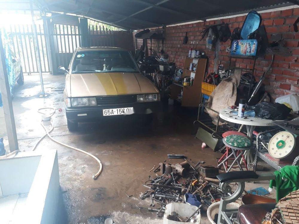 Bán xe Toyota Corona đời 1982, nhập khẩu nguyên chiếc chính hãng (3)
