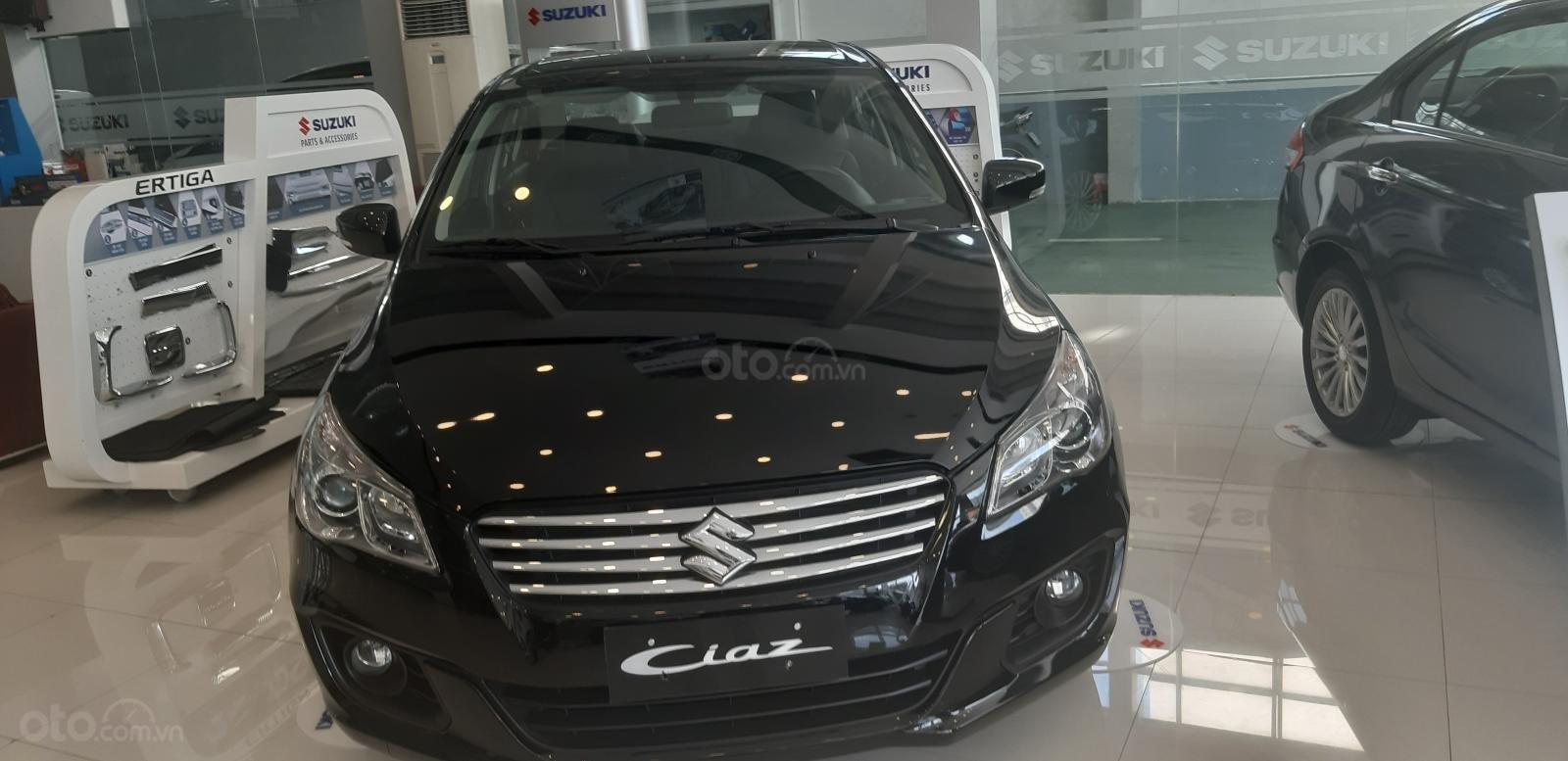 Suzuki Ciaz 2019 hỗ trợ trả góp 100% giá trị xe, chỉ trả chi phí đăng kí xe (5)