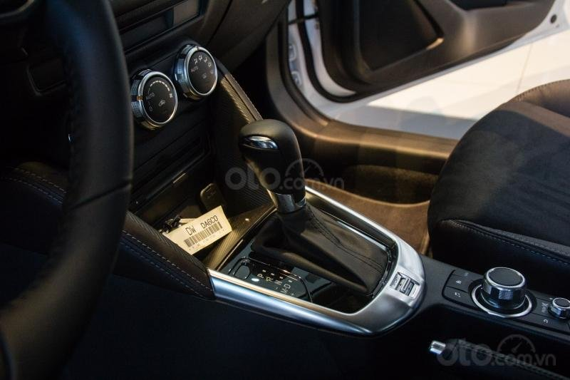 (Mazda Trần Khát Chân) Mua Mazda 2 chỉ với 106tr, ưu đãi lên đến 50tr, giá hấp dẫn, liên hệ ngay: 0986786226 Mr Thắng (7)