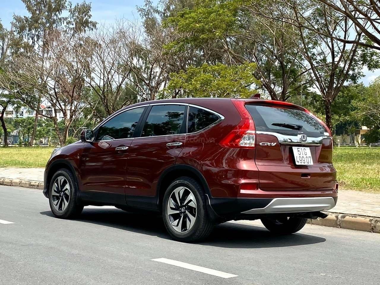 Bán ô tô Honda CR V đăng ký lần đầu 2017, màu nâu chính chủ (5)