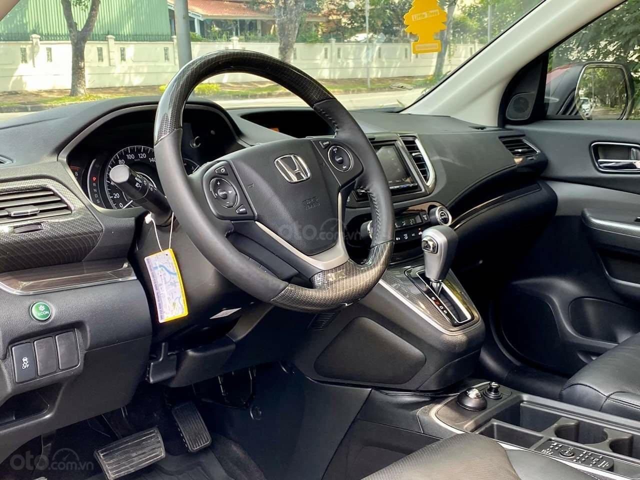 Bán ô tô Honda CR V đăng ký lần đầu 2017, màu nâu chính chủ (8)