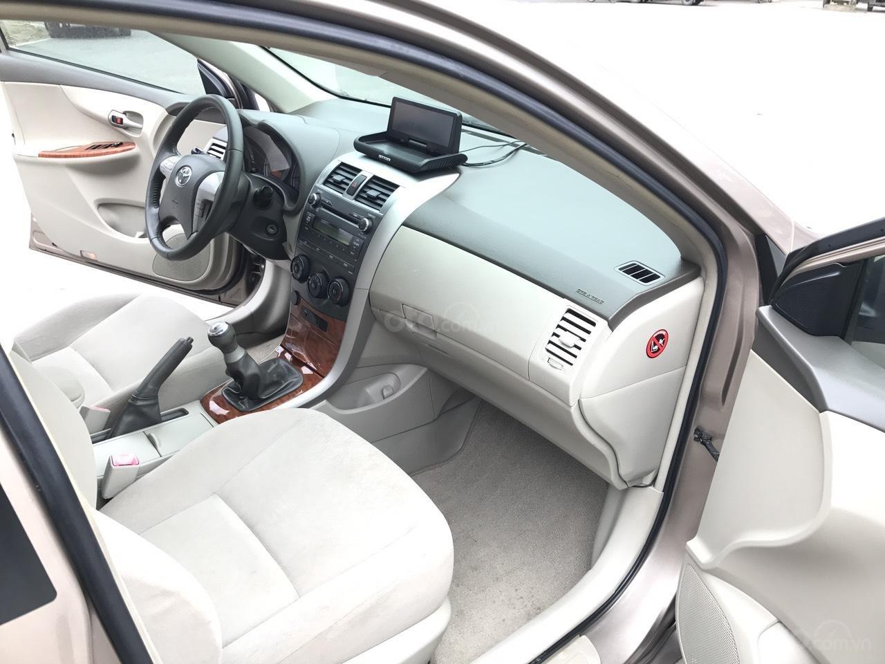 Bán ô tô Toyota Corolla Altis 1.8G năm sản xuất 2009, màu nâu Cafe, 1 chủ biển 4 số mới (7)