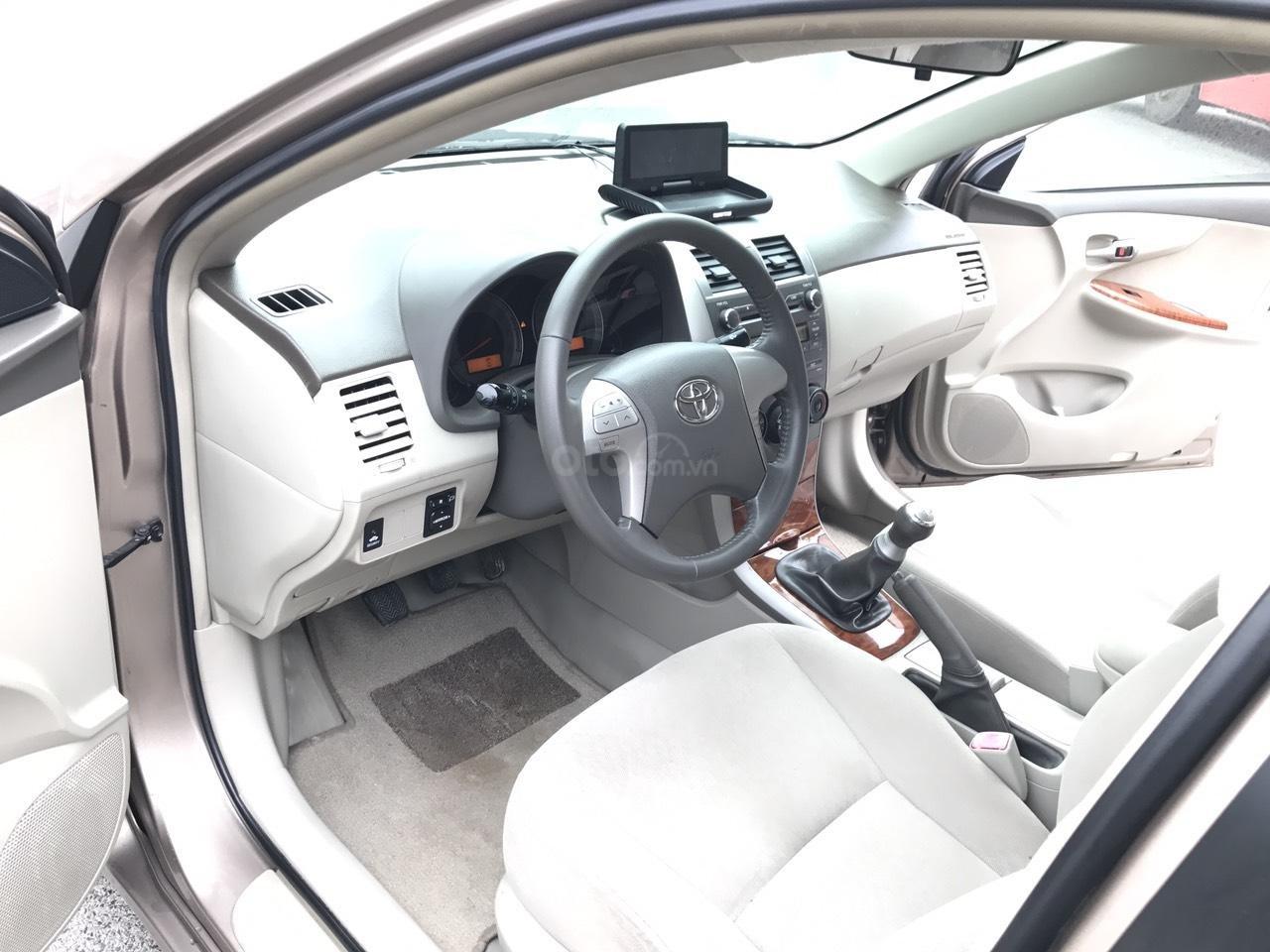 Bán ô tô Toyota Corolla Altis 1.8G năm sản xuất 2009, màu nâu Cafe, 1 chủ biển 4 số mới (4)