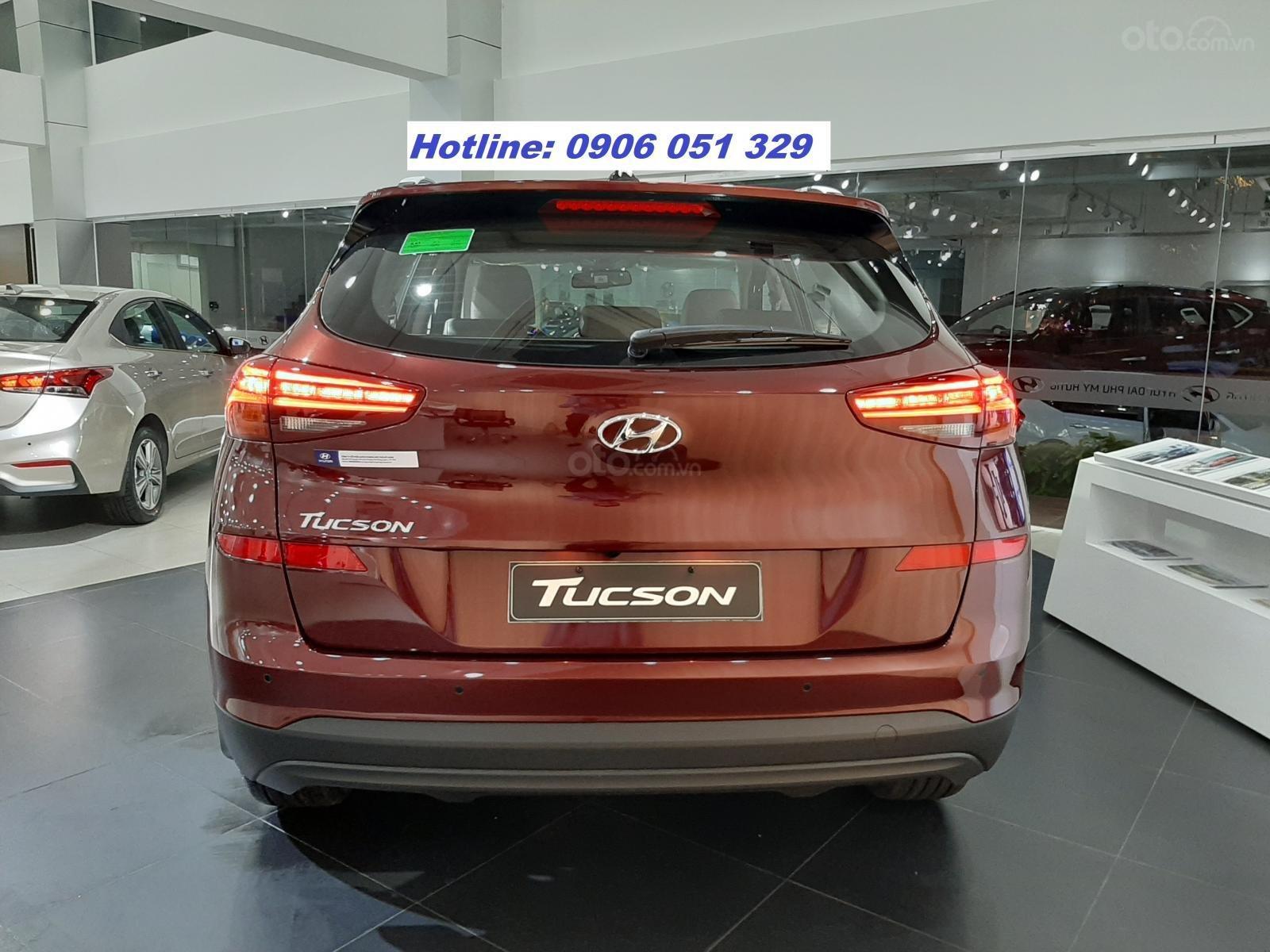Hyundai Tucson bản FULL, giảm giá khủng, 250tr nhận xe (2)
