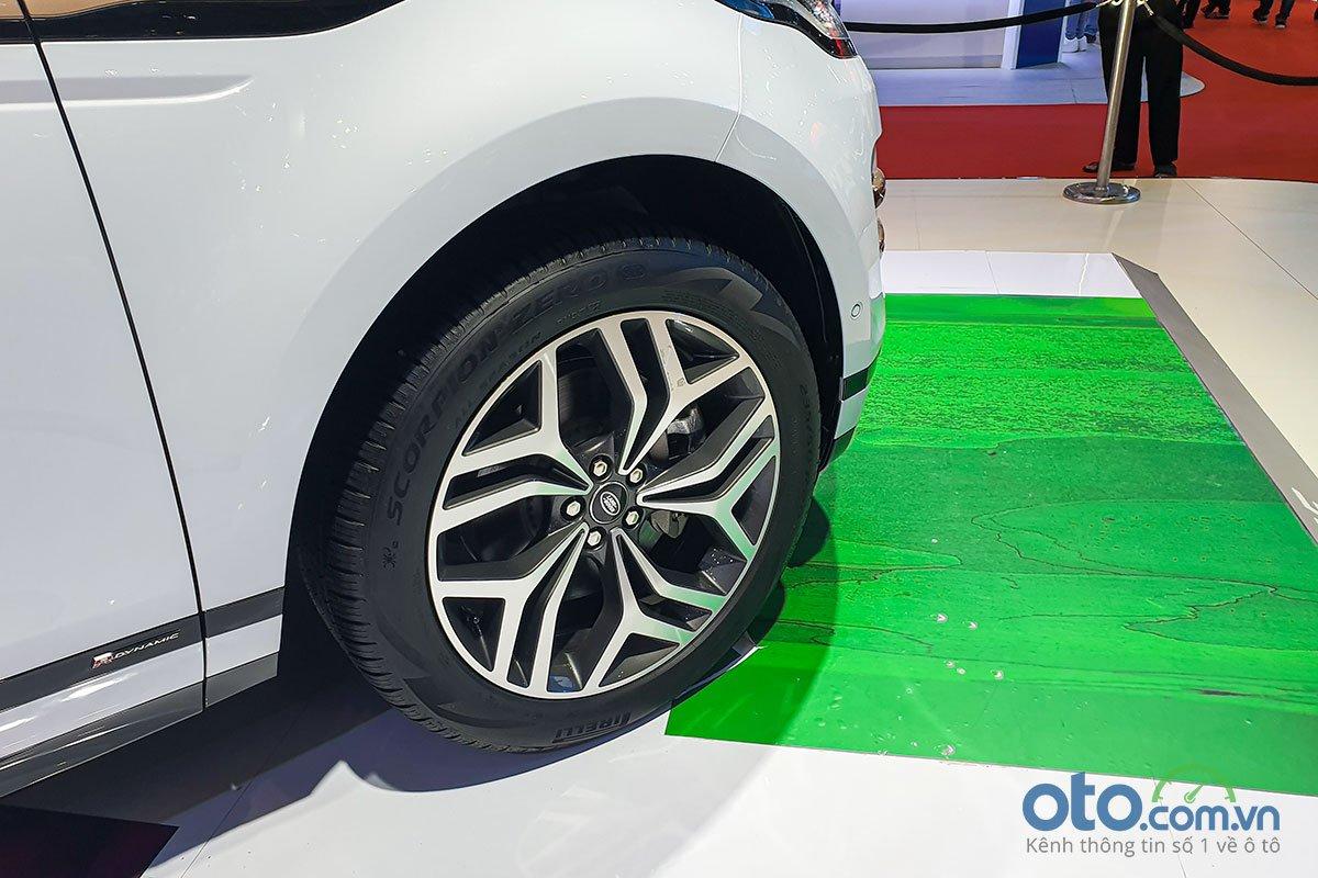 [VMS 2019] Range Rover Evoque 2020 ra mắt với 3 phiên bản, giá khởi điểm từ 3,53 tỷ đồng - Ảnh 3.
