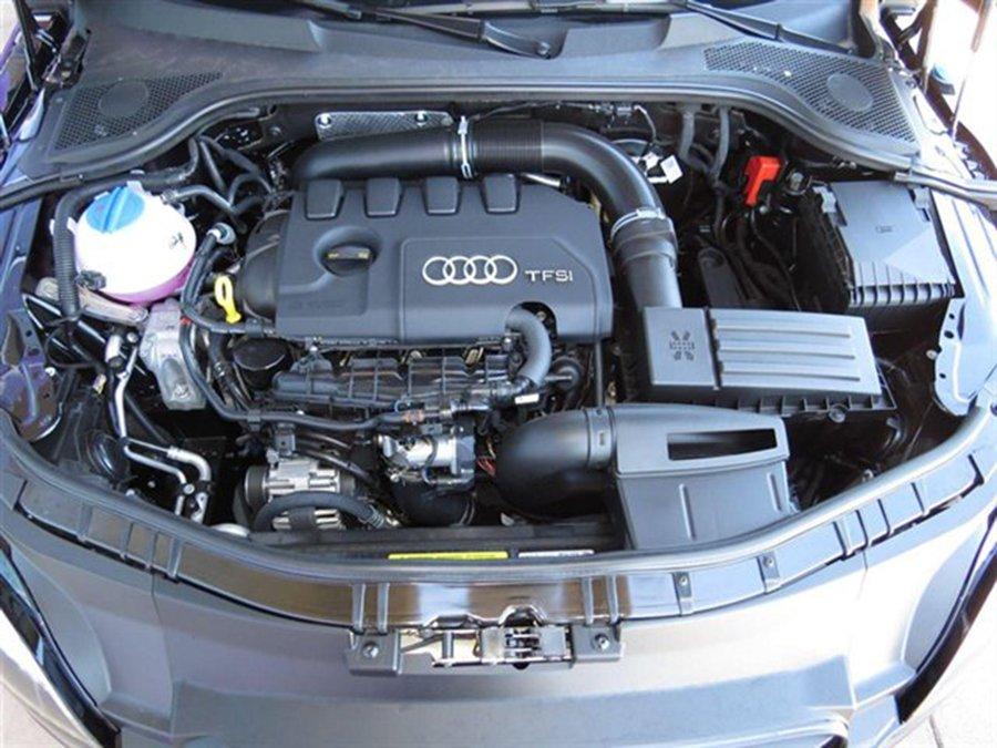 Động cơ nội thất Audi TT