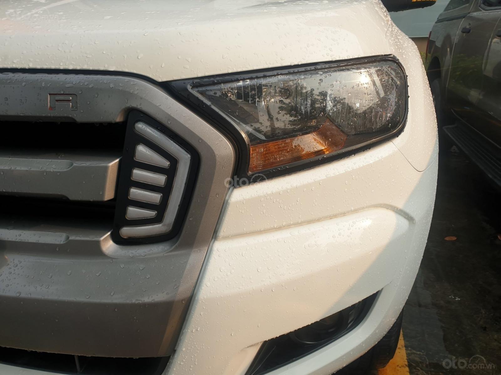 Ford Ranger sản xuất 2016, màu trắng, nhập Thái, hỗ trợ vay 70% - bảo hành 01 năm 0934146093 (2)