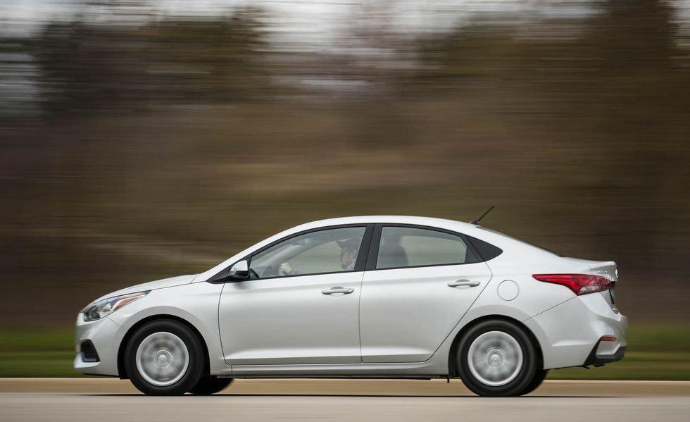 Hyundai Accent phiên bản mới lớn hơn hẳn so với bản cũ