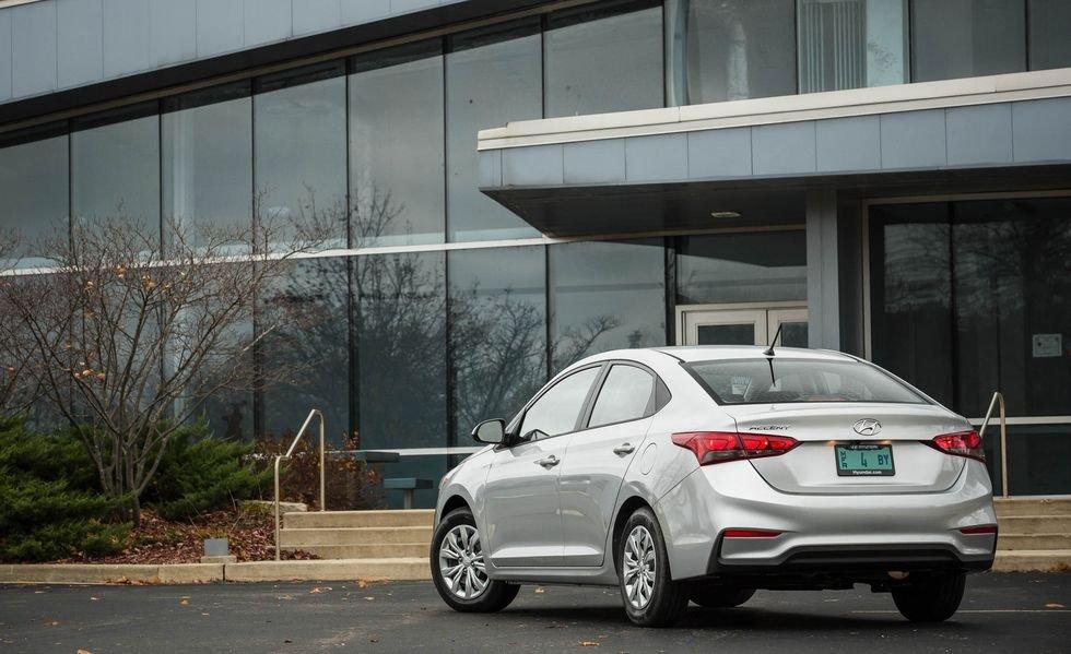 Xe Hyundai Accent