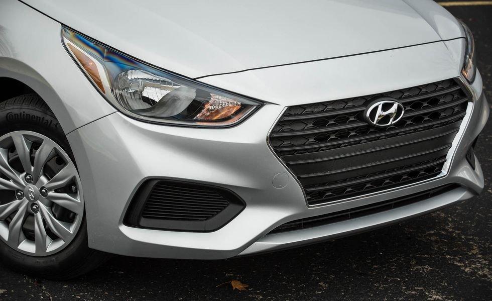 Đánh giá xe oto Hyundai Accent 2019