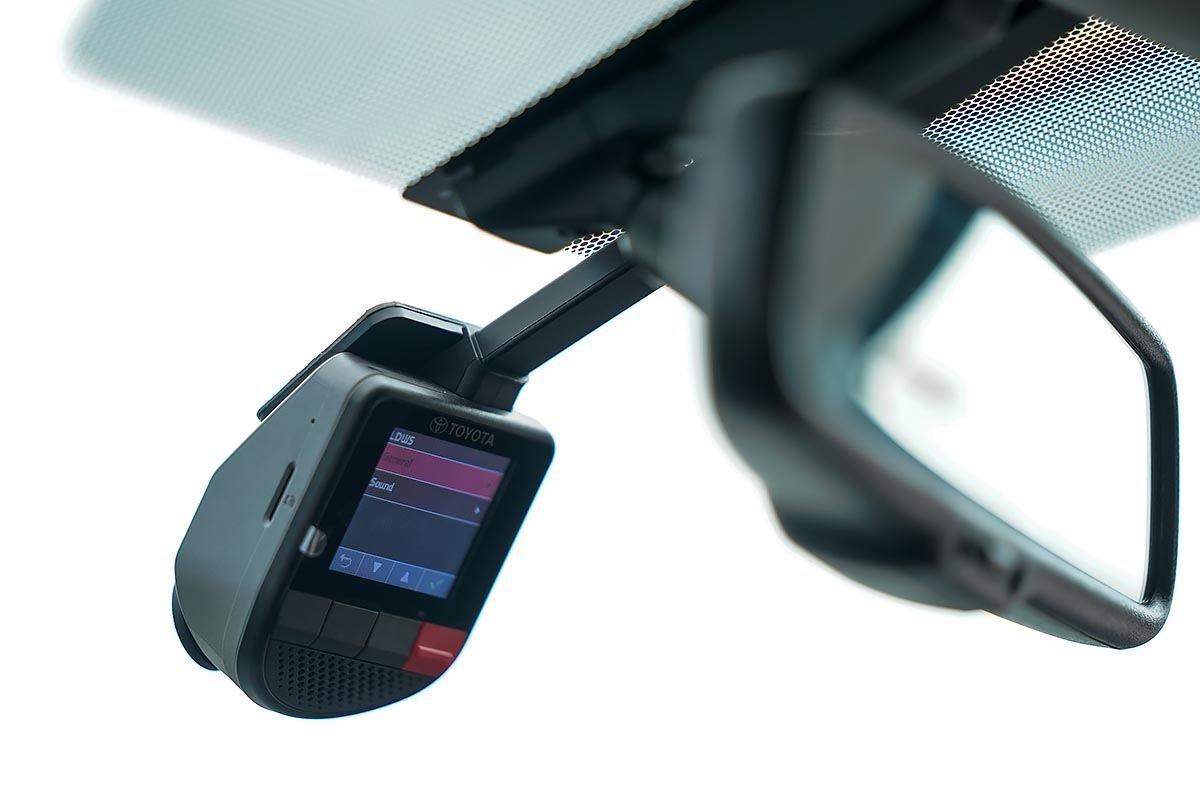 Người dùng có thể yên tâm với các trang bị an toàn trên xe