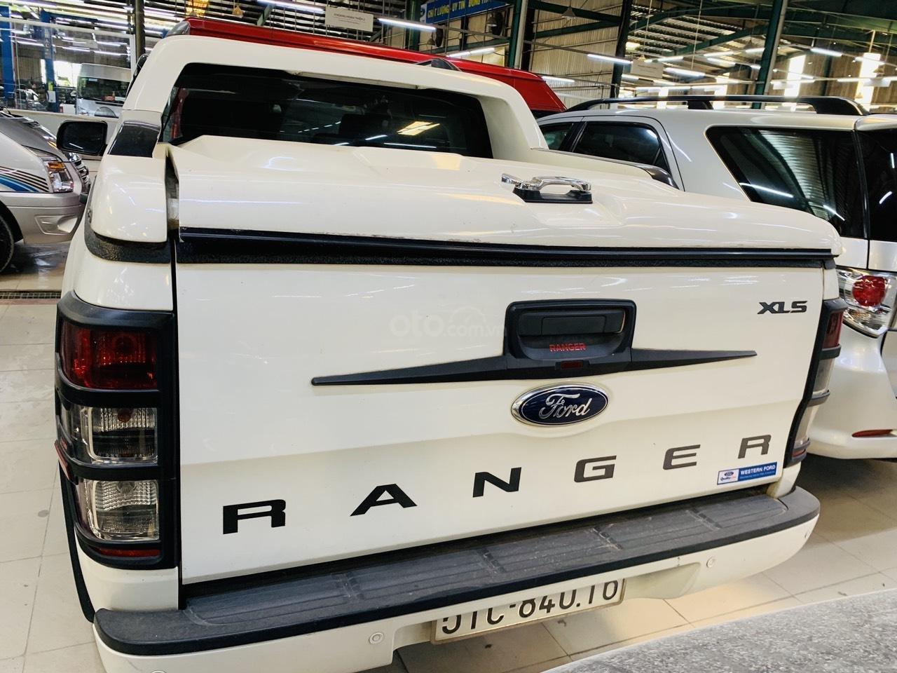 Ford Ranger XLS MT 2016 - Hỗ trợ vay 70% - 5 năm (3)