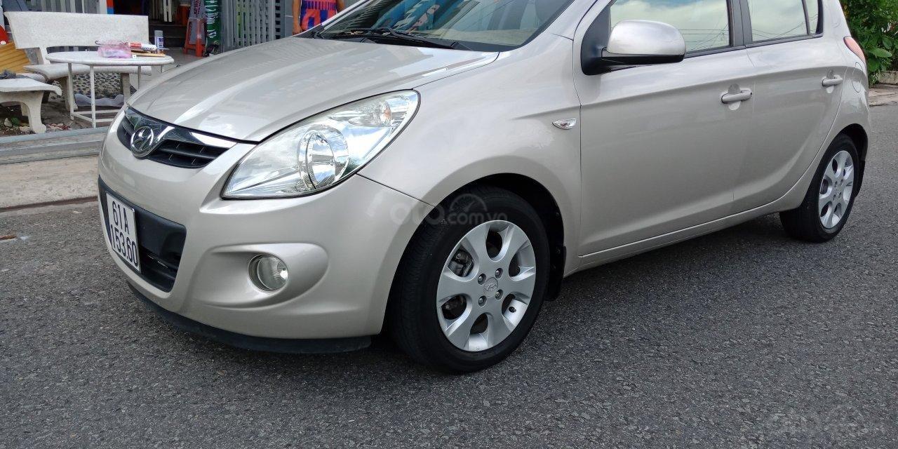 Cần bán Hyundai i20 năm sản xuất 2011, màu nâu, xe nhập, LH: 0355341978 (3)