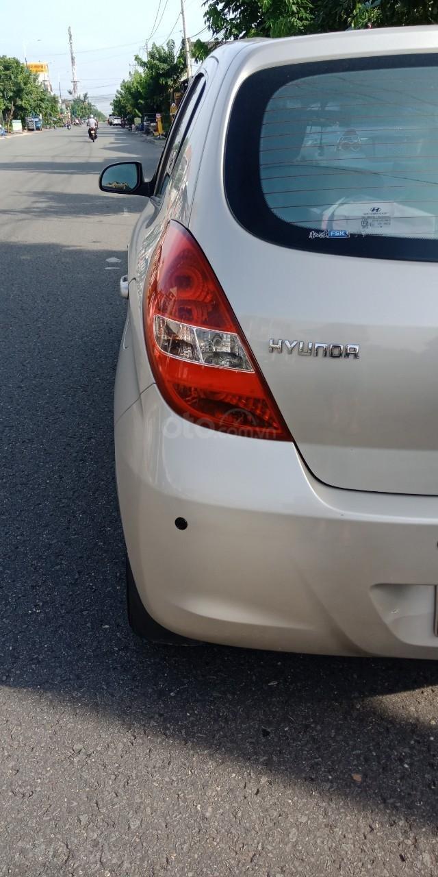Cần bán Hyundai i20 năm sản xuất 2011, màu nâu, xe nhập, LH: 0355341978 (5)