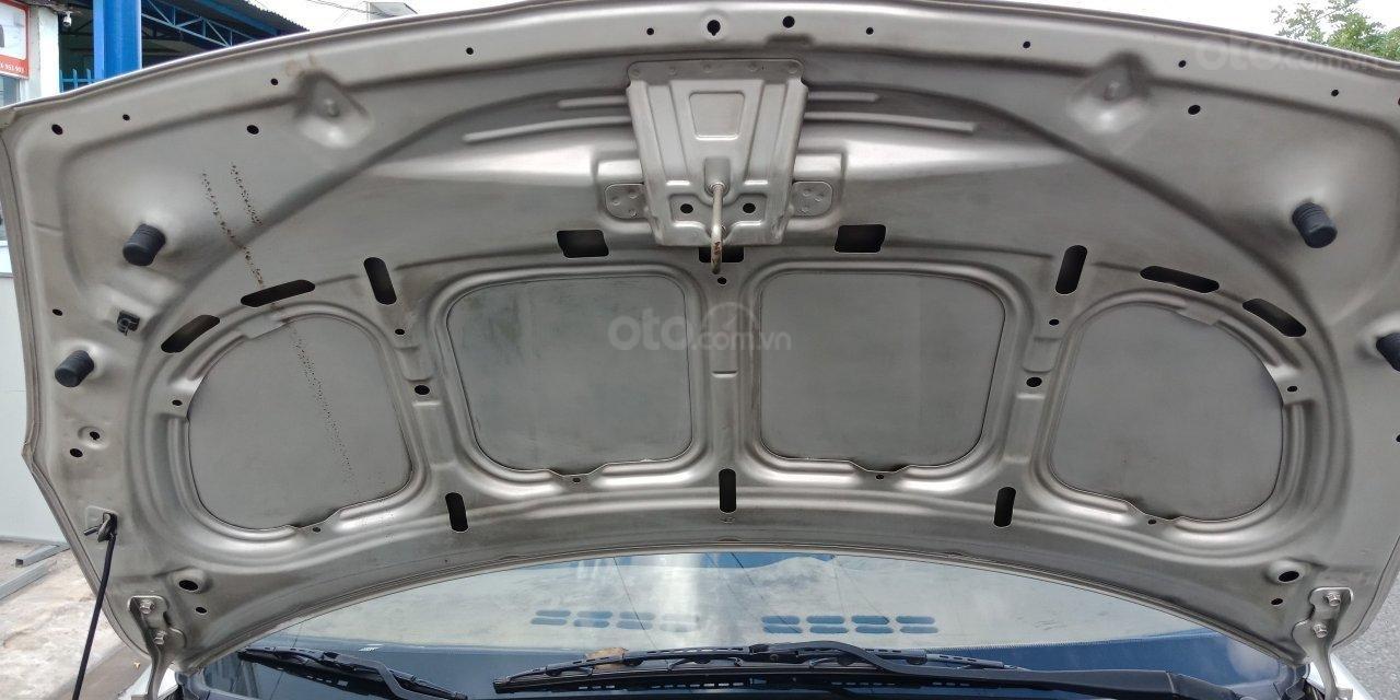 Cần bán Hyundai i20 năm sản xuất 2011, màu nâu, xe nhập, LH: 0355341978 (7)