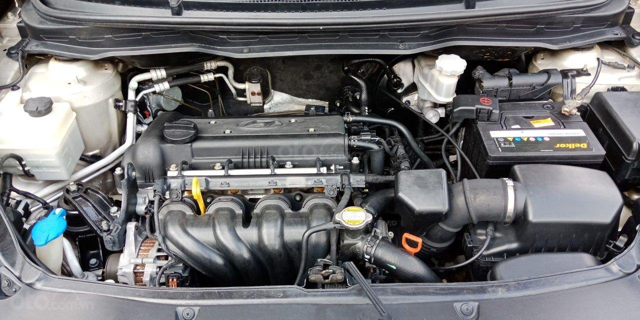 Cần bán Hyundai i20 năm sản xuất 2011, màu nâu, xe nhập, LH: 0355341978 (10)