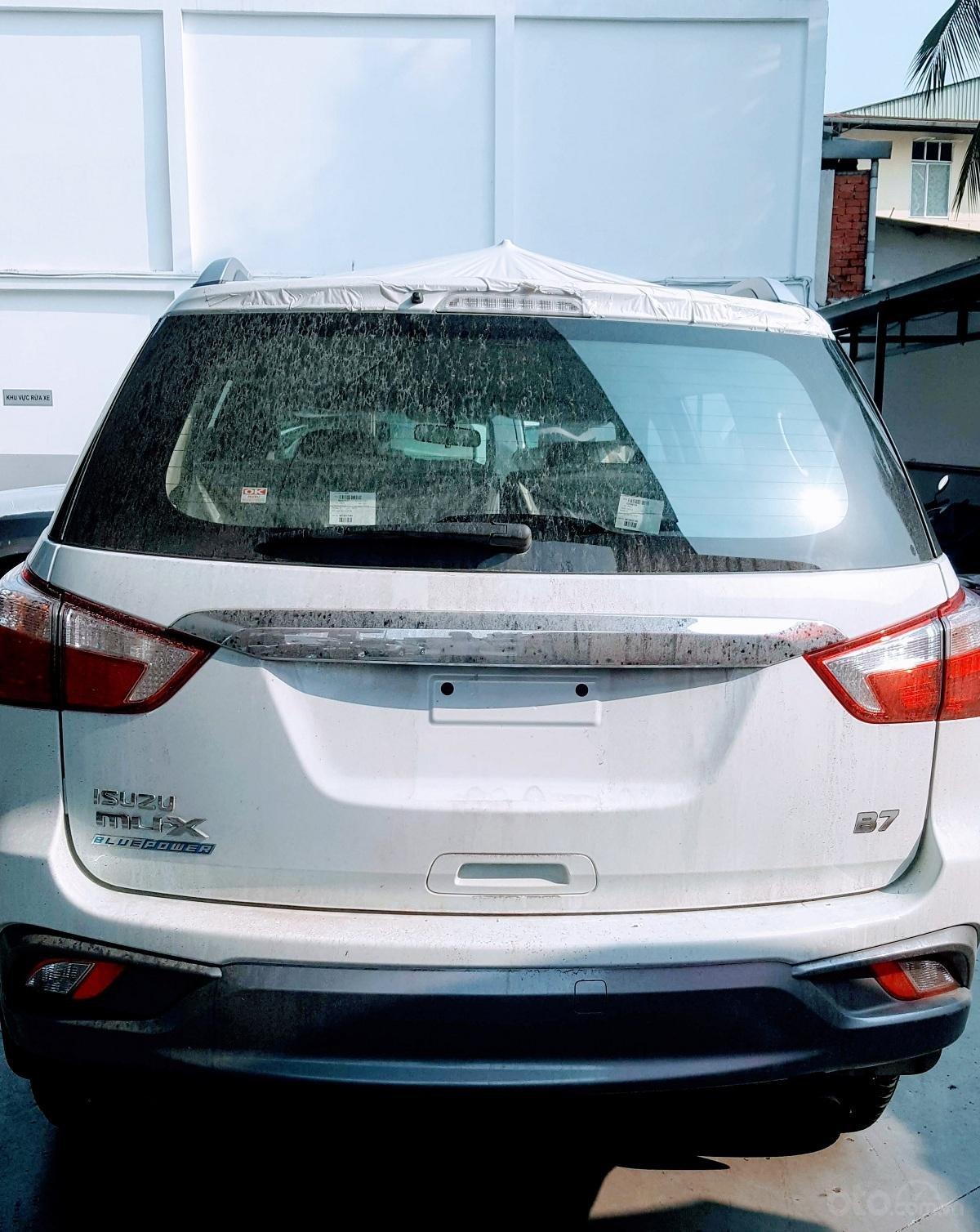 Cuối năm giá tốt, khuyến mãi khủng, Isuzu mu-X B7 2019, xe sẵn giao ngay (3)