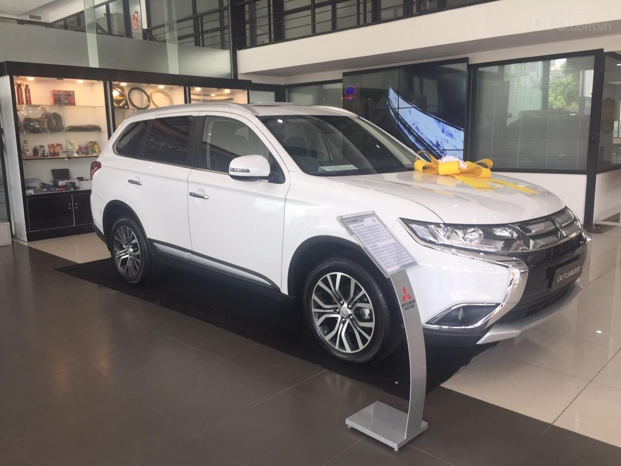 Sở hữu Mitsubishi Outlander chỉ với 120 triệu đồng, hỗ trợ trả góp lên đến 80% giá trị xe (4)
