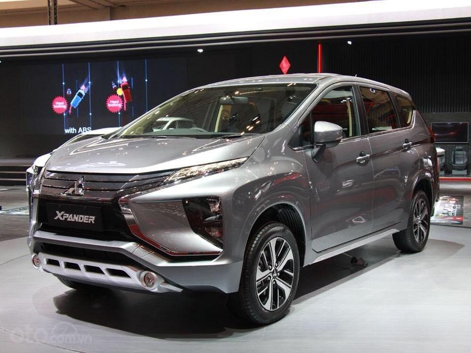 Bán Mitsubishi Xpander số sàn 2019, giao xe sớm đủ màu (1)