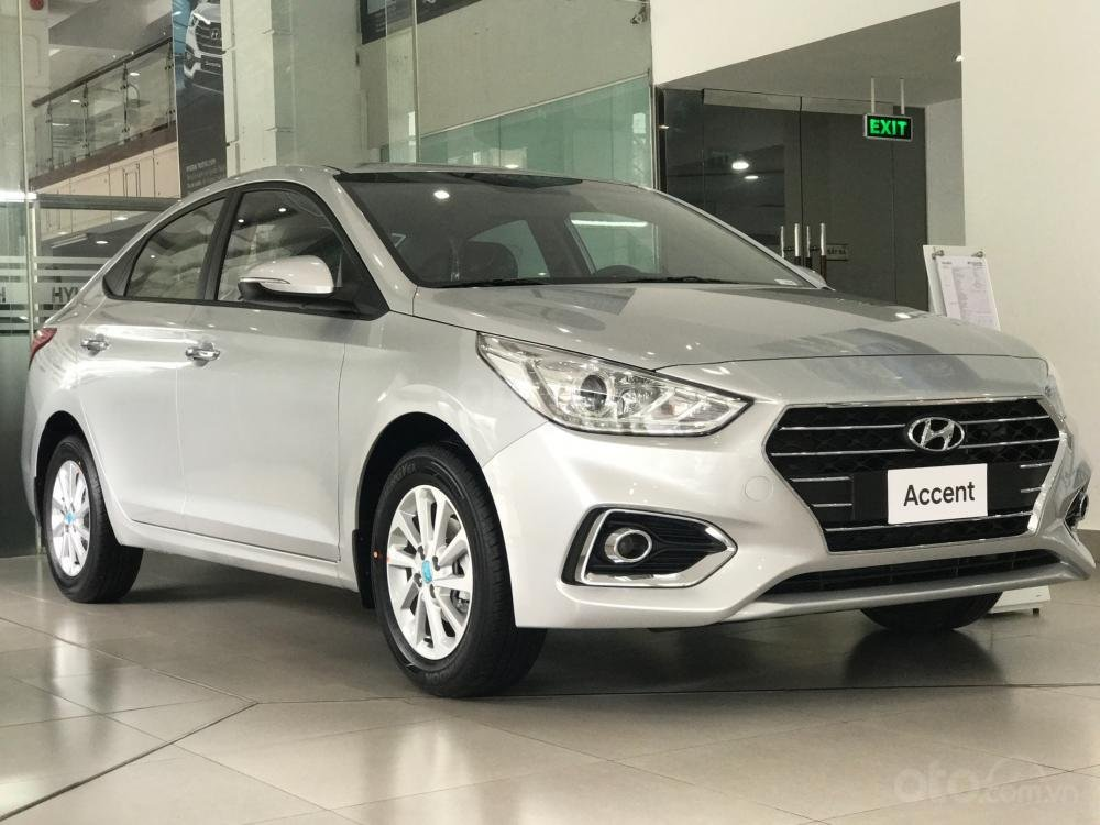 Bán Hyundai Accent 1.4AT, màu bạc, giao ngay, chỉ cần 160 triệu đồng (1)