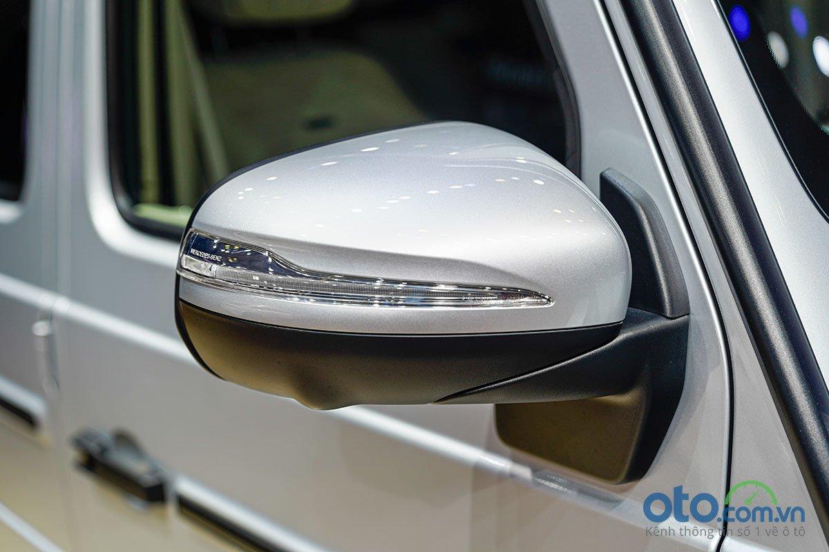 Gương chiếu hậu bên của Mercedes-Benz G 63 AMG.