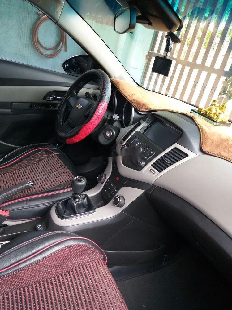 Bán Chevrolet Cruze đời 2016, màu đen xe gia đình, 375 triệu, còn nguyên bản (4)