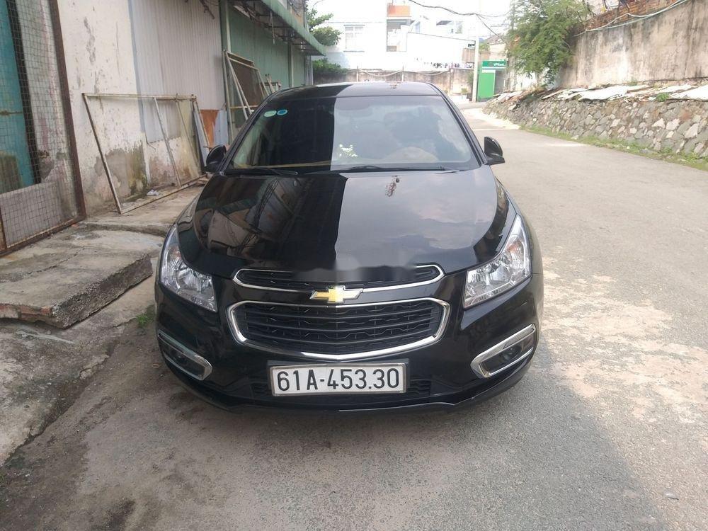 Bán Chevrolet Cruze đời 2016, màu đen xe gia đình, 375 triệu, còn nguyên bản (1)