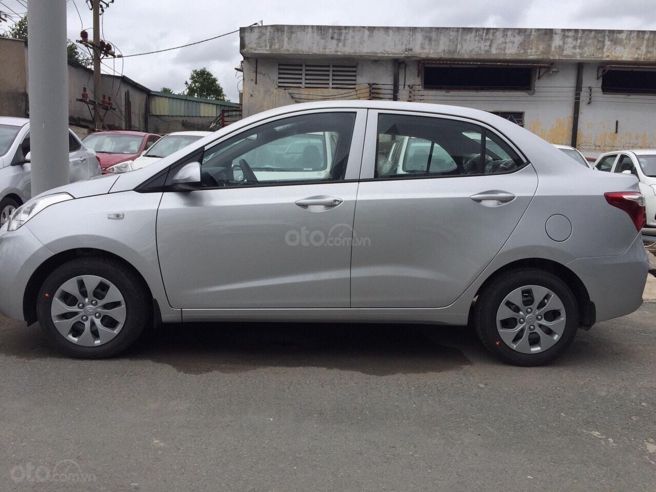 Grand i10 Sedan Taxi mua ngay chỉ từ 120 triệu. Tặng kèm phụ kiện chính hãng (1)