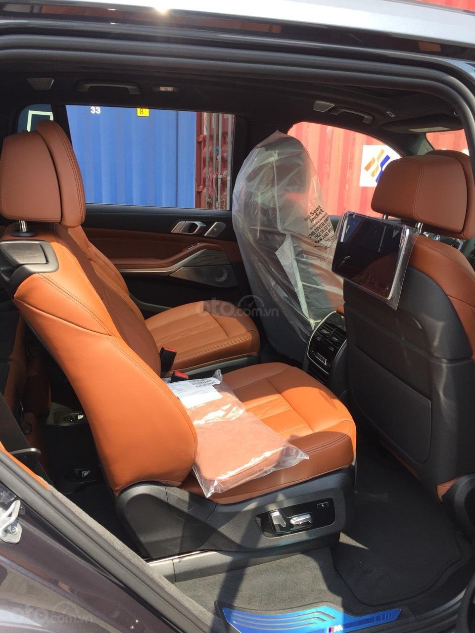 Bán BMW X7 M-sport xdrive 40i, đủ màu giao ngay, xe full option, nhận ép biển đẹp (13)