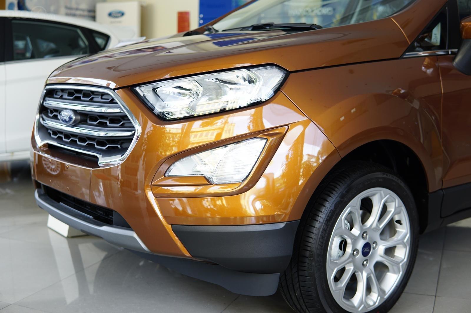 Ford EcoSport Titanium 2019- KM lớn- HT vay ngân hàng (1)