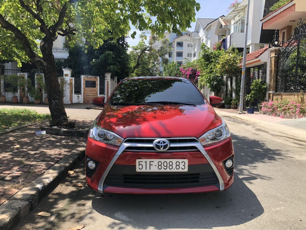 Gia đình đi Úc cần bán Yaris 2017 màu đỏ, nhập Thái Lan, xe đẹp (1)