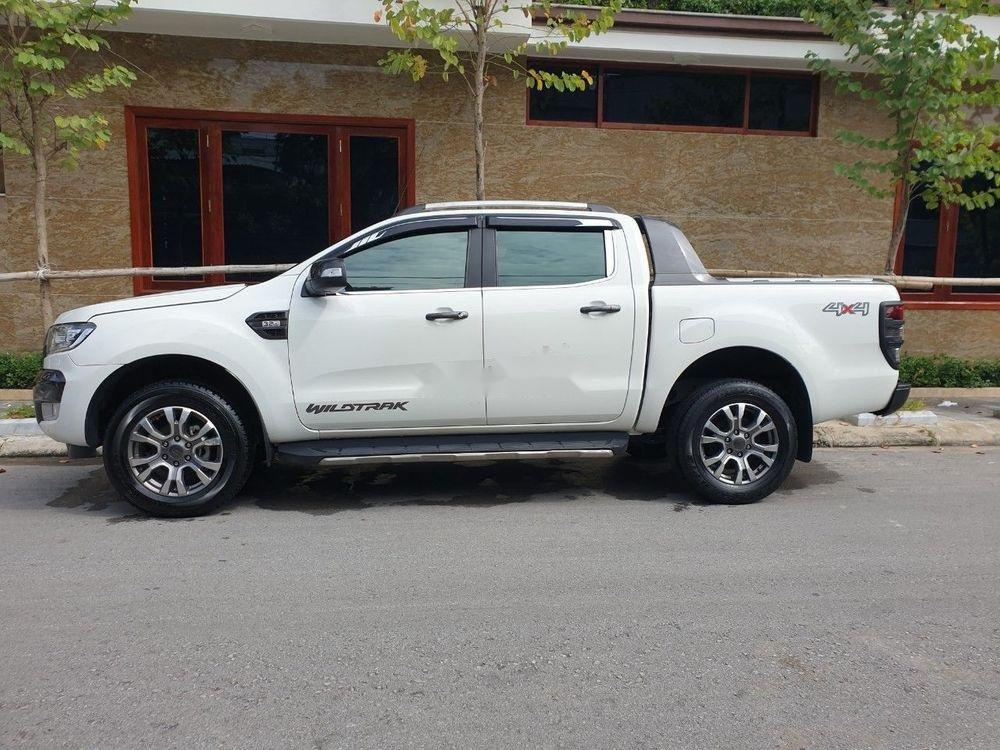 Cần bán xe Ford Ranger Wildtrak đời 2016, màu trắng, nhập khẩu nguyên chiếc (1)