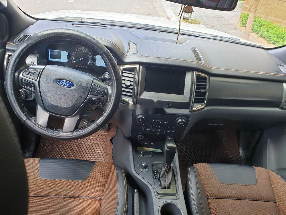 Cần bán xe Ford Ranger Wildtrak đời 2016, màu trắng, nhập khẩu nguyên chiếc (4)