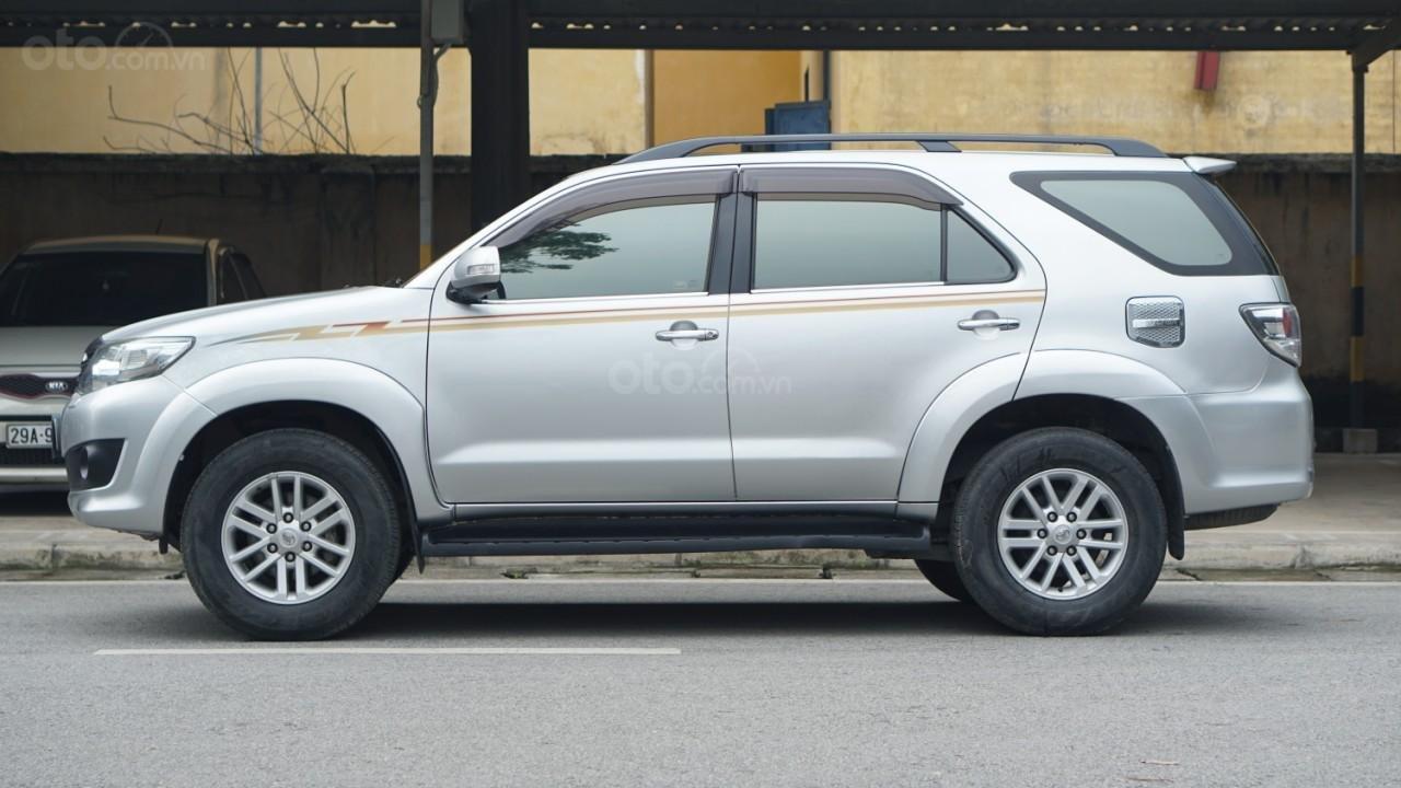 Bán Toyota Fortuner 2.7V (4x4) sản xuất năm 2012 (2)