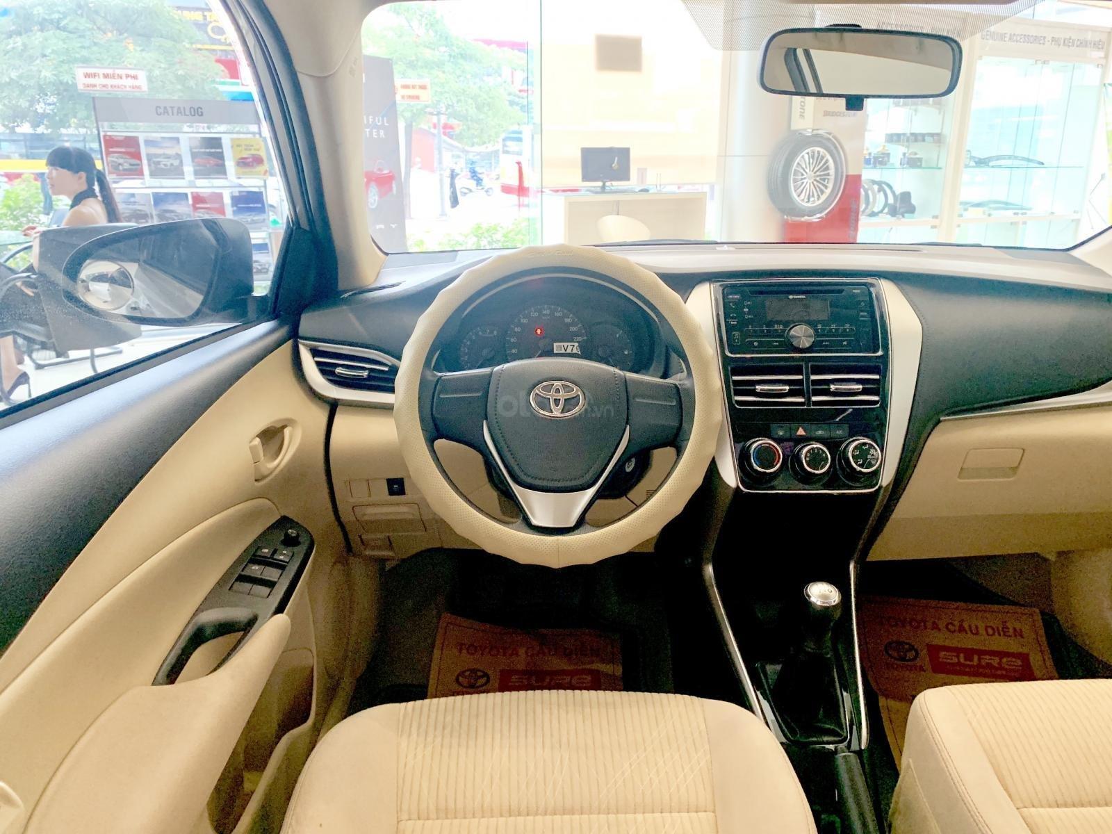 Bán xe Toyota Vios E đời 2019 màu nâu vàng (8)