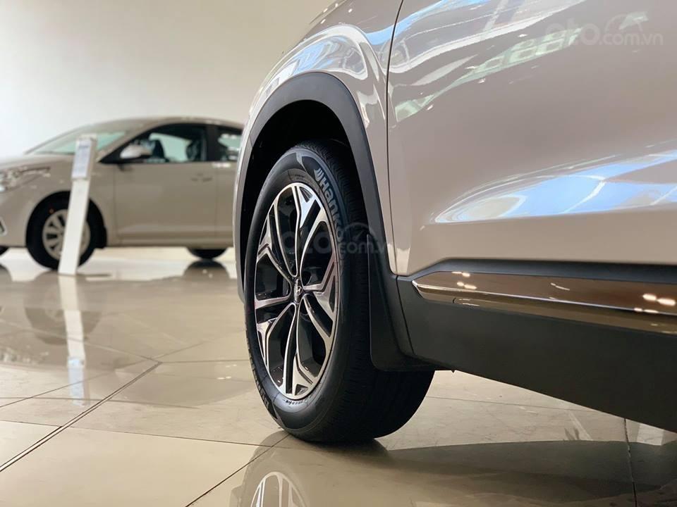 Hyundai Santa Fe mới 2019 - Chỉ 340tr nhận xe ngay - Giảm ngay tiền mặt và tặng vô số phụ kiện (3)