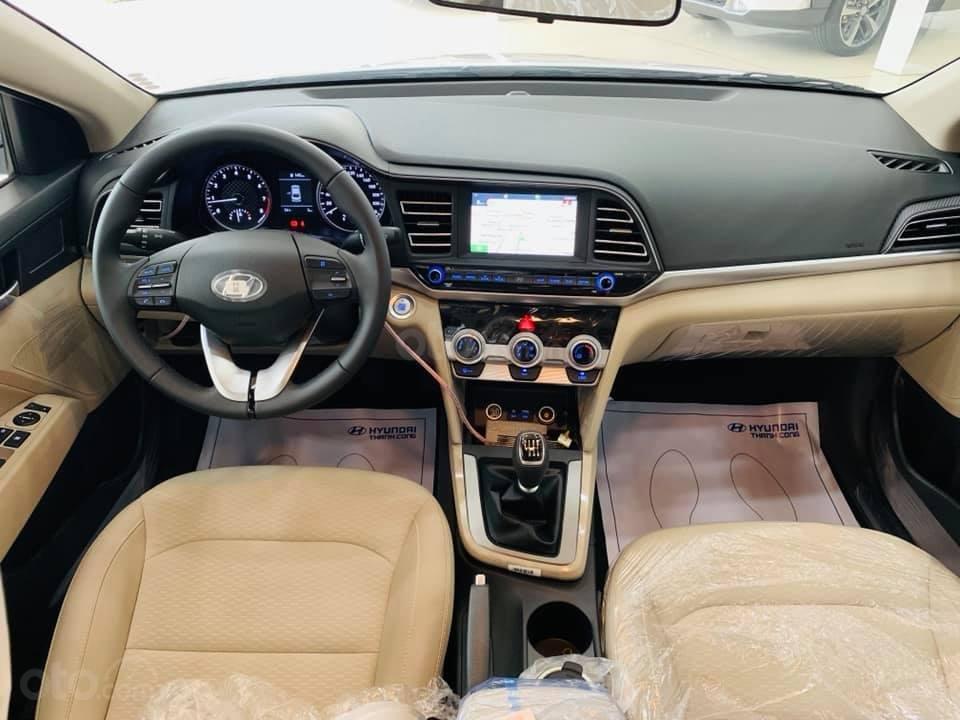 Hyundai Elantra mới 2019 - Chỉ 219tr nhận xe ngay - Giảm ngay tiền mặt và tặng vô số phụ kiện (4)