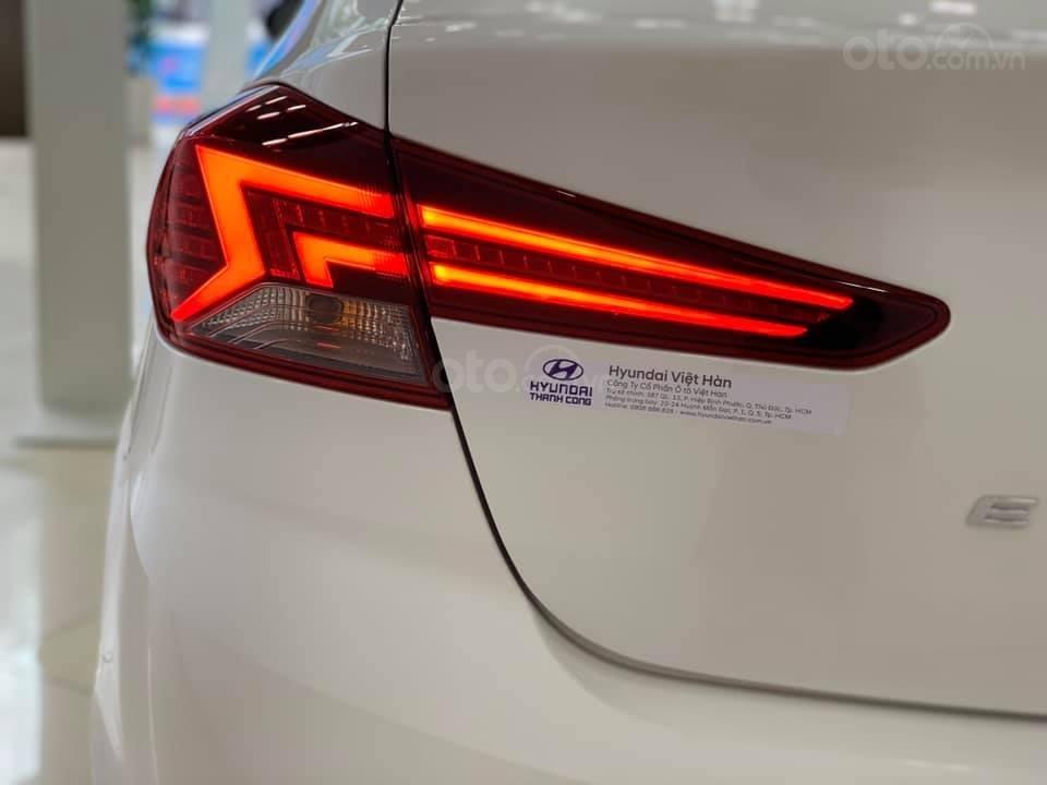 Hyundai Elantra mới 2019 - Chỉ 219tr nhận xe ngay - Giảm ngay tiền mặt và tặng vô số phụ kiện (13)